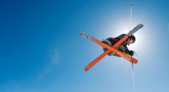 El Consejo de la Cerdanya enseña a los escolares los estilos libres del esquí